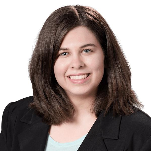 Nicole Pelaschier | Payroll Expert