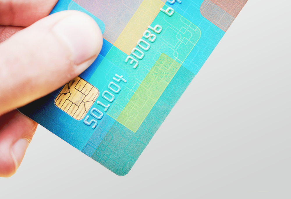 Pros and cons of paying your employees with pay cards